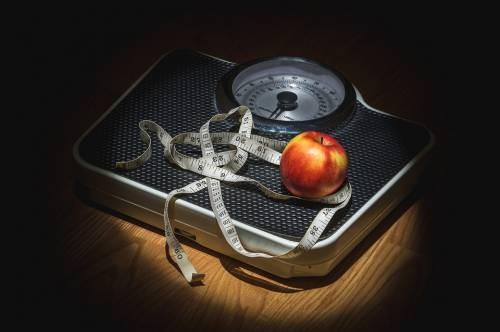 Troppo grassi o troppo magri, entrambi rischiano la vita